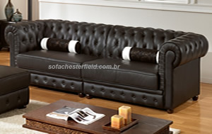 sofa chesterfield preto